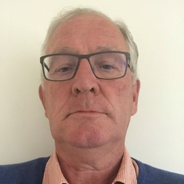 Photo of councillor Jeremy Clayton